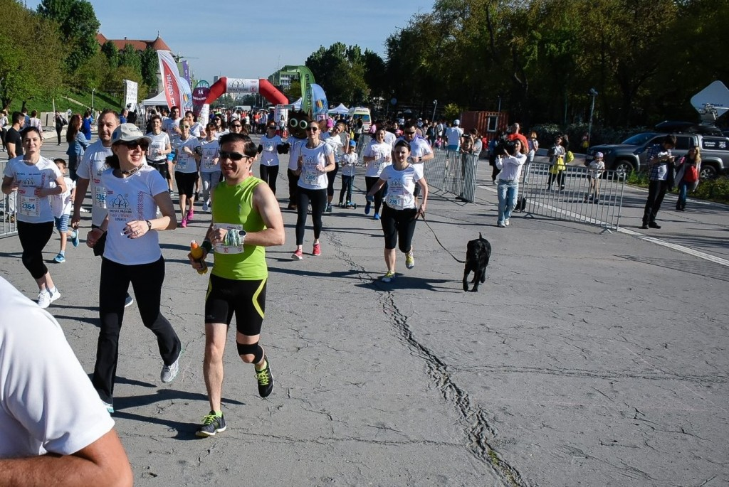 Cristiana Pasca-Palmer, Ministrul Mediului, Apelor si Padurilor, in alergare la Crosul Padurii 2016